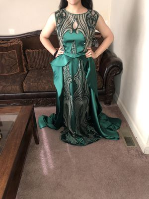 Brand New Emerald Green Dress for Sale in Dearborn, MI