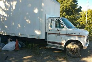 Truck e 350 ford for Sale in Swanton, OH