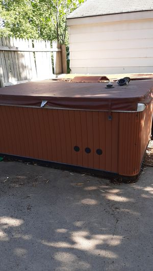 Master spas hot tub for Sale in Lino Lakes, MN