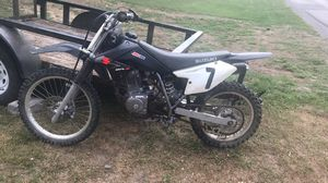 Drz 125 4 stroke for Sale in Clarksburg, WV