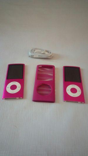 Pair 4th Generation iPod's 8gb for Sale in Farmville, VA