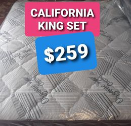 CALIFORNIA KING PILLOW TOP MATTRESS ABD BOX SPRING for Sale in Fresno,  CA