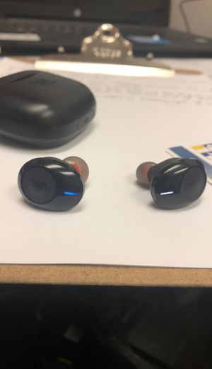 JBL TUNE120 Bluetooth Headphones for Sale in Miramar, FL