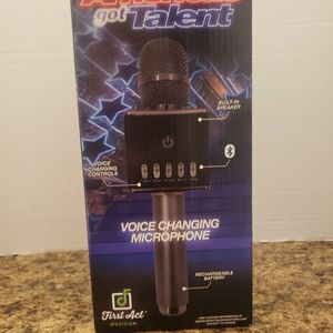 American Got Talent Microphone for Sale in Mount Clemens, MI