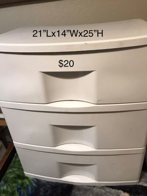 Hard Plastic Drawer for Sale in Compton, CA