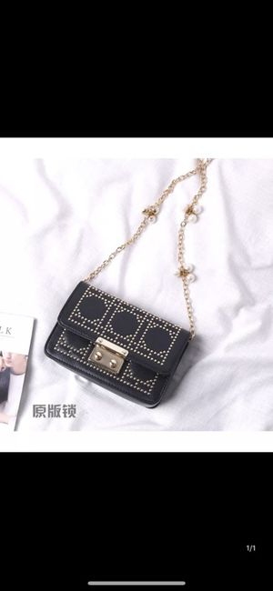 032954a62112 2018 new Korean version of the tide fashion wild small bag mini Shoulder  Messenger bag rivet