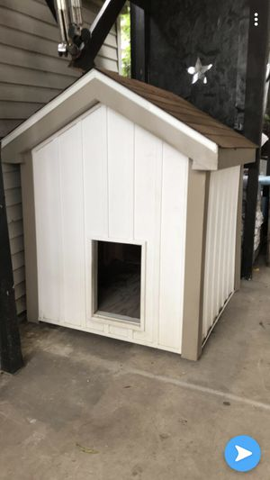Hand made weather proof Dog House for Sale in Chicago, IL