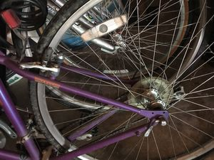 """Giant"" brand mountain bike for Sale in Houston, TX"