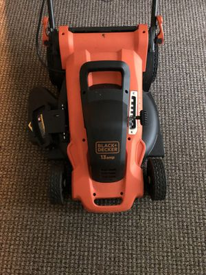 Black and Decker Lawn electric lawn mower for sale for Sale in Burlington, NJ