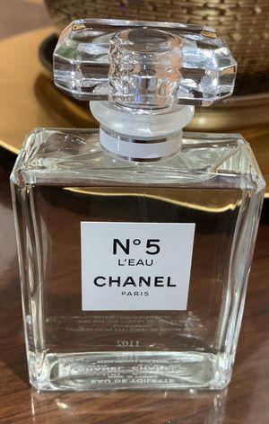 Chanel N5 perfume for Sale in Moreno Valley, CA