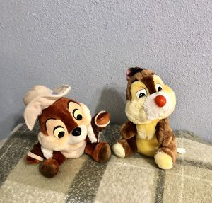 Disney VINTAGE Chip and Dale stuffed animals for Sale in Compton, CA