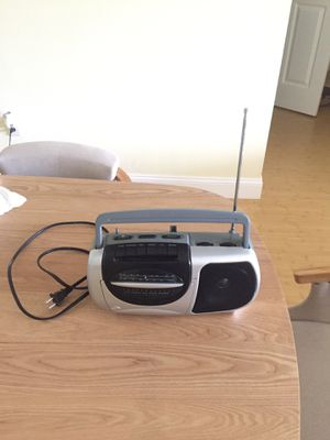 Am fm radio corded cassette for Sale in Coral Springs, FL