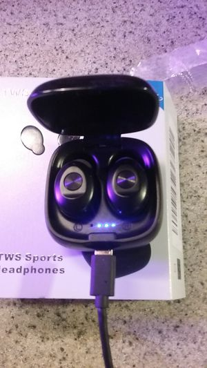 New bluetooth wireless headset / earbuds. TWS-5.0 xg-12 for Sale in Mount Vernon, WA