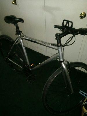 Trek fx hybrid bicycle 7.2 for Sale in New York, NY