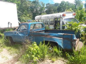 Square body Chevy truck parts for Sale in Inman, SC