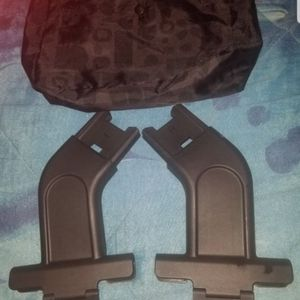 Uppababy Carseat adapter For MINU Stroller for Sale in Bell Gardens, CA