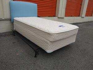 2 like new twin sz mattress sets + headboards for Sale in Nashville, TN