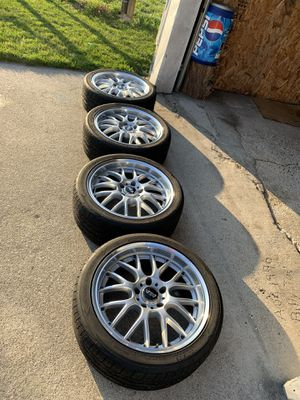 18 in rims great condition 5 by 120 bolt pattern for Sale in Decatur, MI