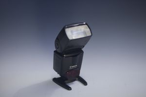 CANON SPEEDLIGHT 430EX II SPEEDLITE for Sale in Glendale Heights, IL