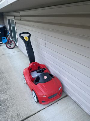 Plastic stroller car great for up to 4 years old for Sale in Chicago, IL