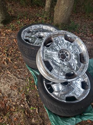 22 inch for Sale in Pensacola, FL