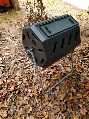 Compost bin new in box not assembled for Sale in Kennesaw, GA