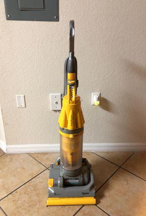 Vacuum Dyson for Sale in Miami, FL