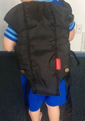 Black Infantino Baby Carrier for Sale in Lancaster, OH