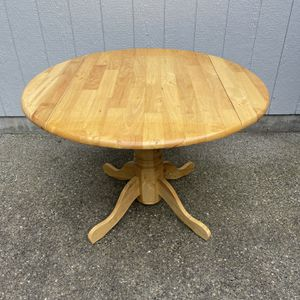 Solid maple kitchen table for Sale in Roy, WA