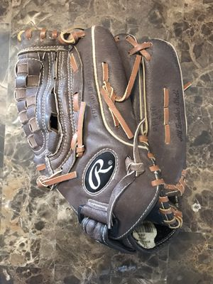 """RAWLINGS FP120PC 12"""" LEATHER FAST PITCH SOFTBALL GLOVE RHT EUC for Sale in Carpentersville, IL"""