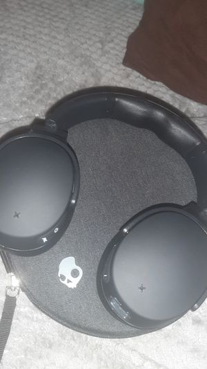 Skullcandy Venue Noise Cancelling Wireless headphones for Sale in Lancaster, OH