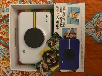 Polaroid SNAP iNSTANT pRINT Digital Camera And Film for Sale in Fort Myers,  FL
