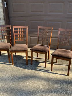 Set of 4 Cairs for Sale in Bruceville,  TX