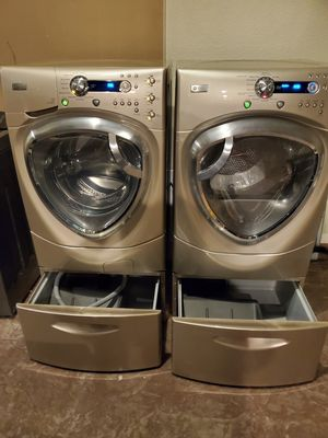 WASHER AND GAS DRYER GREAT CONDITION for Sale in Las Vegas, NV