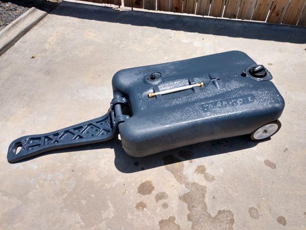 Portable 27gal RV Waste Water Tank
