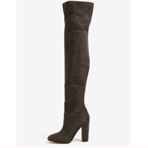 Brand New in Box $130 Aldo Thigh High Over the Knee Boots Size 7 for Sale in Chicago, IL
