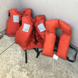 Adult Life Jackets for Sale in Cypress, CA