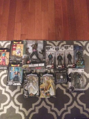 Collectibles dragon ball z/walking dead/power rangers and more for Sale in Los Angeles, CA