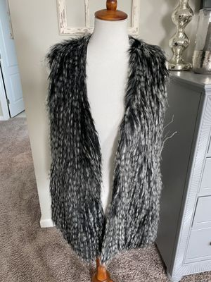 Brand new fake fur vest for Sale in Fuquay-Varina, NC