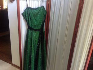 Evening Dress with Sparkle Netting Size 8 for Sale in Hinsdale, IL