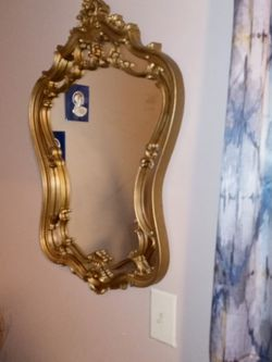 Antique Mirror for Sale in Baltimore,  MD