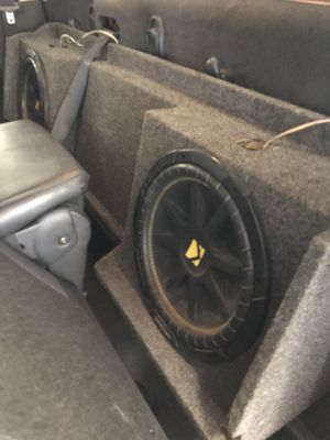 2 12inch kicker subwoofers with box and JL audio AMP for Sale in Houston, TX