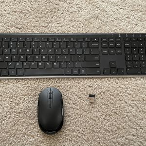 Wireless Keyboard And Mouse for Sale in Lynnwood, WA