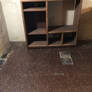 FREE Bookcase / Bookshelf for Sale in Enfield, CT