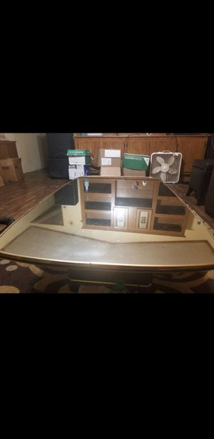 Mirror coffee table for Sale in Auxvasse, MO