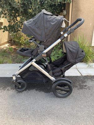 Britax B Ready Double stroller and Bassinet for Sale in Corona, CA