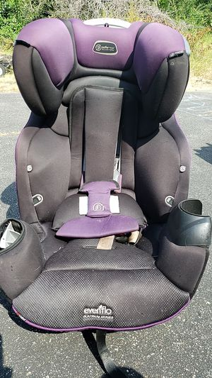 Used car seat... rear facing to booster... roll over safe max... for Sale in Virginia Beach, VA