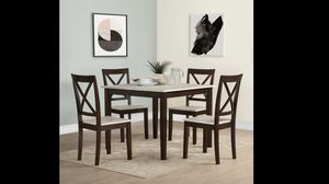 5 piece dining table set for Sale in Bethlehem, PA