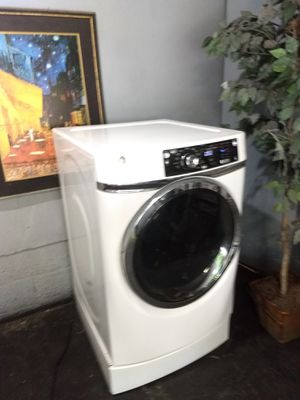 high-end GE gas dryer for Sale in Airmont, NY