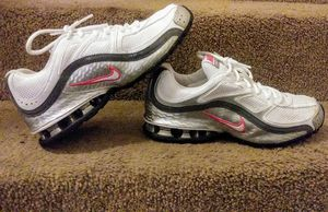 Women's Nike Reax Run 5 RunningShoes for Sale in Fort Worth, TX